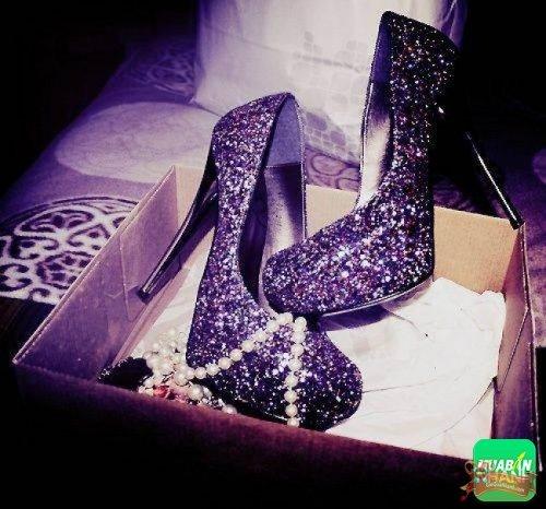 Giày cho phụ nữ cũng là món quà ý nghĩa
